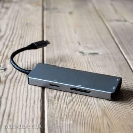 USB-C Dock med HDMI, Rj-45, 2x USB 3.0 og Micro SD samt SD kort