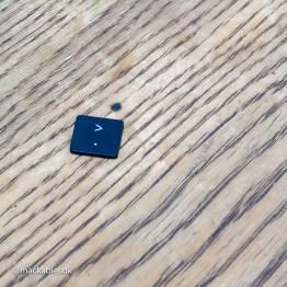 Større end-tegn & Punktum knap til MacBook